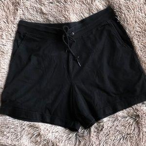 🖤 Black Shorts 🖤